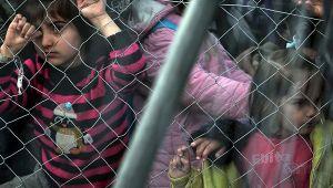 Merkel Yunanistan'daki çocuk göçmenleri alıyor