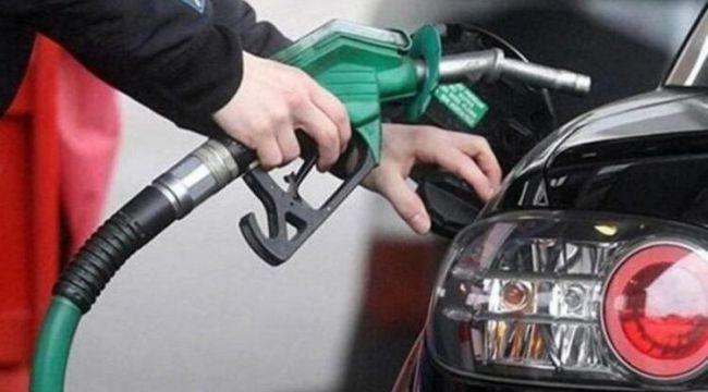 Son dakika... Benzine 15 kuruş zam