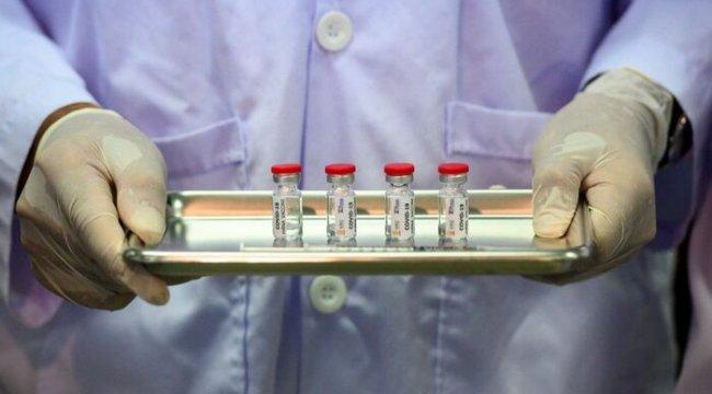 Koronavirüs aşısı: Guardian gazetesi büyük ilaç şirketlerinin 3 yıl önce AB'nin aşı araştırmalarını hızlandırma önerisini reddettiğini yazdı