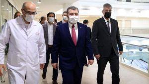 Sağlık Bakanı Koca, İstanbul'daki ziyaretlerini sürdürüyor