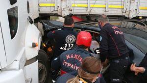 Kavşakta feci kaza: 1 ağır yaralı