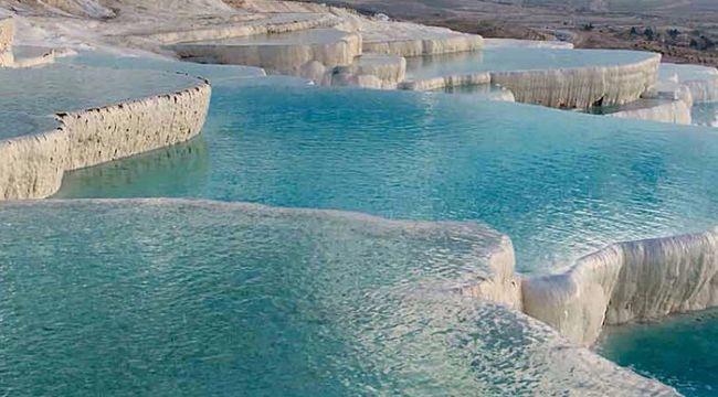 Pamukkale'yi 9 ayda 1 milyondan fazla turist gezdi